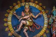 五颜六色的印度神雕象巴图的陷下 免版税图库摄影