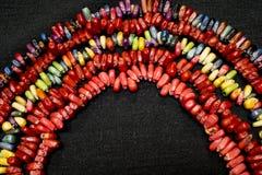 五颜六色的印第安玉米项链彩虹 库存照片