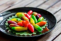 五颜六色的可删除的仿制果子(在心脏的选择聚焦 免版税库存照片