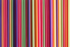 五颜六色的吸管充分的框架背景  免版税库存图片