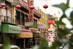 五颜六色的唐人街在旧金山,加利福尼亚 库存照片