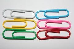 五颜六色的回形针 图库摄影