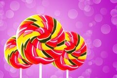 五颜六色的圆的形式棒棒糖 库存照片