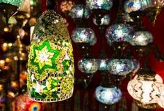五颜六色的土耳其灯笼 库存照片