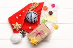 五颜六色的圣诞节或新年装饰 库存图片