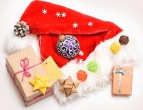 五颜六色的圣诞节或新年装饰 图库摄影