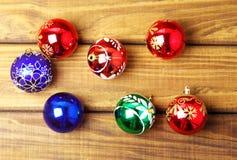 五颜六色的圣诞节泡影 免版税库存照片