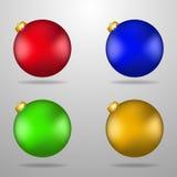 五颜六色的圣诞节玩具 皇族释放例证