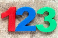 123五颜六色的塑料数字 免版税库存图片