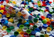 五颜六色的塑料盖帽 库存照片
