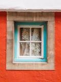 五颜六色的墙壁和窗口, Portmeirion 免版税库存照片