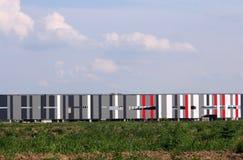 五颜六色的墙壁新的建造工厂站点 免版税库存照片