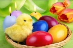 五颜六色的复活节排列 库存照片