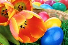 五颜六色的复活节排列 免版税库存图片
