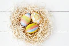 五颜六色的复活节彩蛋嵌套 免版税图库摄影