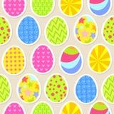 五颜六色的复活节彩蛋无缝的背景 向量 免版税库存图片