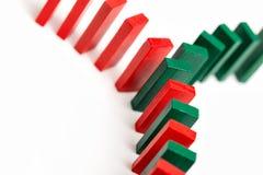 五颜六色的多米诺概念网络 库存图片