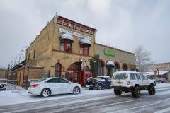 五颜六色的多雪的街道在威廉斯 免版税库存照片