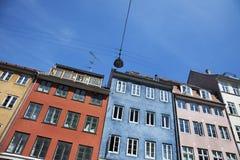 五颜六色的大厦在哥本哈根,丹麦 免版税图库摄影