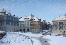 五颜六色的大厦在老城镇。 华沙,波兰 图库摄影
