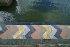 五颜六色的大理石海边 库存图片
