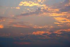 五颜六色的天空和云彩日落背景 图库摄影