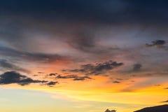 五颜六色的天空日落 免版税库存照片