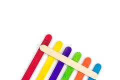 五颜六色的奶油色冰棍子木头 库存照片