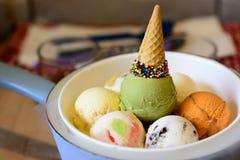 五颜六色的奶油色冰 免版税库存图片