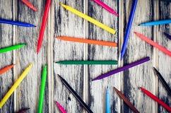 五颜六色的学校用品 免版税库存照片
