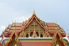 五颜六色的寺庙屋顶在泰国 免版税库存图片