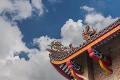 五颜六色的寺庙屋顶角落 免版税库存照片