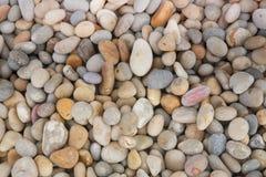 五颜六色的小卵石 免版税库存照片