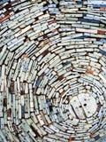 五颜六色的小块木头墙壁 免版税库存图片