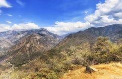 五颜六色的小山和山在Canyon国王国家公园,美国 库存图片