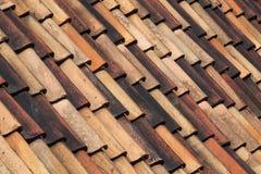 五颜六色的屋顶盖瓦背景 库存照片