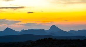 五颜六色的山在黎明,大弯曲国家公园,美利坚合众国 免版税库存图片