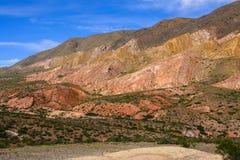 五颜六色的山风景 免版税图库摄影