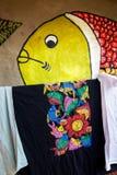 五颜六色的工艺品待售在Pingla村庄,西孟加拉邦,印度 库存照片