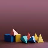 五颜六色的帕拉图式的固体,在紫罗兰色背景的抽象几何图 金字塔棱镜长方形立方体黄色蓝色 库存图片