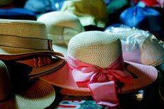 五颜六色的帽子,帽子 库存图片