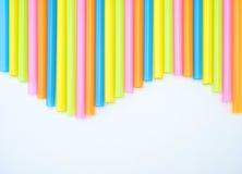 五颜六色的平直的秸杆波浪 库存图片