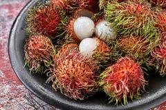 五颜六色的异乎寻常的果子 免版税库存图片