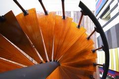 五颜六色的弯曲的楼梯 库存图片