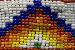 五颜六色的当地美洲印第安人小珠 免版税库存照片