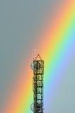 五颜六色的彩虹击中一个通讯台 库存照片