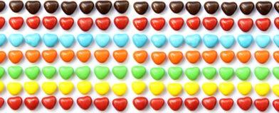 五颜六色的心脏形状糖果 免版税库存照片