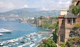 五颜六色的意大利索伦托城镇 免版税图库摄影