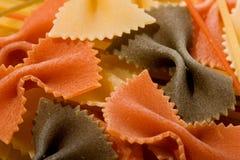 五颜六色的意大利面食 免版税库存照片