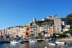 五颜六色的意大利portovenere城镇 免版税库存照片
